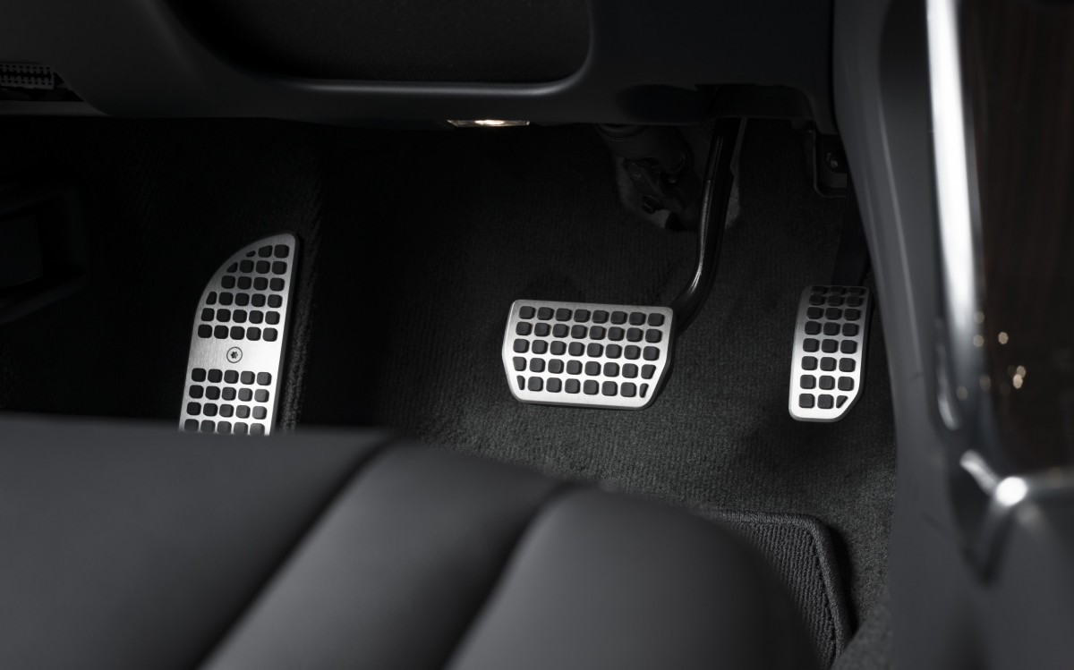 pedals on a manual car